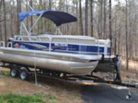 2014 Sun Tracker 20 Ft. Dlx Party Barge with Mercury 75