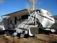 2014 sanibel 5th wheel model 3050 38ft - Advantage Plus