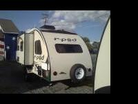 New to the Area! 2014 R POD with a slide out! This is a