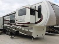 Redwood 38RL Luxury 5th Wheel -Full Body Paint