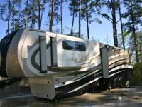2014 Redwood Crossroads 38RL 5th Wheel For Sale in