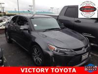 Moonroof/Sunroof and Hands Free/Bluetooth. Toyota