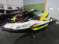 CLEAN 2014 SEA-DOO WAKE 155 WITH ONLY 15 HOURS!