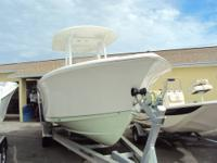 2014 Sea Hunt Gamefish 25 Powered by Twin 150 Yamaha 4