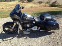 2014 Harley Davidson FLHXS StreetGlide Special.