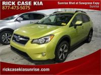 2014 Subaru XV Crosstrek 2.0i Hybrid in Green, Roadside
