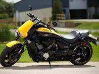 2014 SUZUKI BOULEVARD M109R B.O.S.S.Flash through the