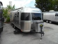 Used 2014 Thor Airstream Travel Trailer Bathroom. A/C.