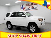 CARFAX CERTIFIED**, BLUETOOTH**, 3RD ROW SEAT**, 4x4,