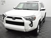 Recent Arrival! LEATHER! SUNROOF! 4X4!  2014 Toyota