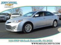 CARFAX 1-Owner. LIMITED TRIM, NAVI, POWER SUNROOF,