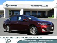 XLE TOURING PKG!! NAVIGATION! Moonroof, Bluetooth,