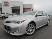 Heated and cooled leather seats!! This 2014 Toyota