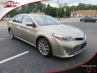 TECHNOLOGY FEATURES:  This Toyota Avalon Includes   a