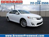 Come see this 2014 Toyota Camry Hybrid XLE. Its