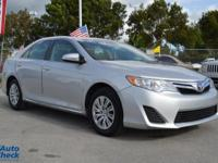 You're looking at a 2014 Toyota Camry L in Car
