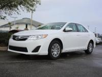 2014 Toyota Camry LE, *** 1 FLORIDA OWNER *** CLEAN