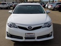 Options:  2014 Toyota Camry Se|White|Abs Brakes|Alloy