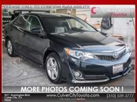 Options:  2014 Toyota Camry Se|Gray|Toyota Certified