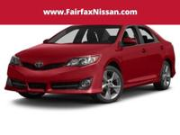 * CLEAN 2014 TOYOTA CAMRY SE BARCELONA RED METALLIC ON