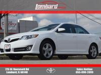 **ACCIDENT FREE CARFAX**, **SUNROOF/MOONROOF**, and