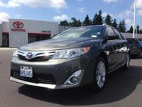 2014 Toyota Camry Sedan XLE Our Location is: Toyota