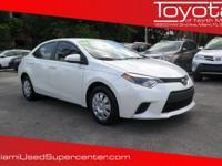 Options:  2014 Toyota Corolla Le|Super White/|V4 1.8 L