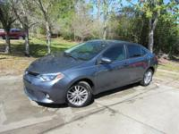 This 2014 Toyota Corolla 4dr 4dr Sedan CVT LE features
