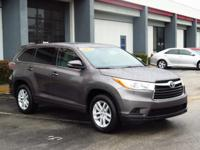CARFAX ONE OWNER! PARKING SENSORS, KEYLESS ENTRY, AND