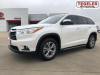 2014 Toyota Highlander LE Plus V6 White FWD 6-Speed