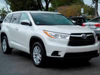 Options:  2014 Toyota Highlander Le|Blizzard