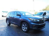2014 Toyota Highlander Limited New Price! CARFAX