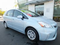 1 OWNER, SUPER CLEAN, PRIUS WITH PANAROMIC SUNROOF,