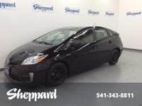 EPA 48 MPG Hwy/51 MPG City! CARFAX 1-Owner, ONLY 45,606