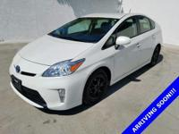 NON-SMOKER!, CLEAN CARFAX!, OIL CHANGED, *NAVIGATION /