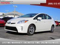 2014 Toyota Prius Three Hybrid, *** 1 FLORIDA OWNER ***