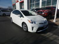 Low miles for a 2014! Bluetooth, Auto Climate Control,