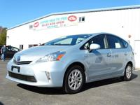 CARFAX One-Owner. Blue Ribbon Metallic 2014 Toyota
