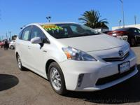 This 2014 Toyota Prius v 4dr 5dr Wagon Five features a