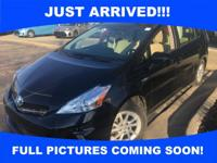 WOW! GAS SAVER! 44 MPG! **CERTIFIED** 2014 Prius V