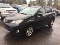 CarFax One-Owner, Bluetooth, Back up Camera, Moonroof /