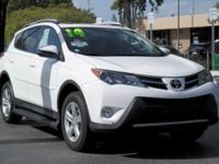 Options:  2014 Toyota Rav4 Xle|Super White/Black|V4 2.5