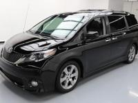 2014 Toyota Sienna with 3.5L V6 Engine,Cloth