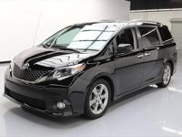2014 Toyota Sienna with 3.5L V6 Engine,7-Passenger