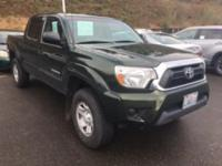 TACOMA PRERUNNER SR5 DOUBLE CAB  Options:  Abs Brakes
