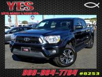 Options:  2014 Toyota Tacoma Prerunner V6|**Internet