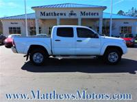 Come see this 2014 Toyota Tacoma PreRunner 2WD Double