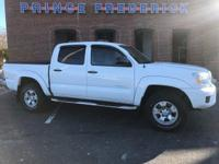 2014 TOYOTA TACOMA 4 DOOR WITH 4 WHEEL DRIVE! POWER