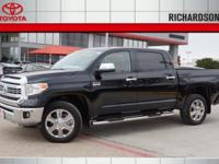 Exterior Color: black, Body: Crew Cab Pickup, Engine: