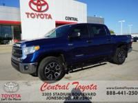 TOWING PACKAGE, XM RADIO, 4WD, BACKUP CAMERA, Tundra